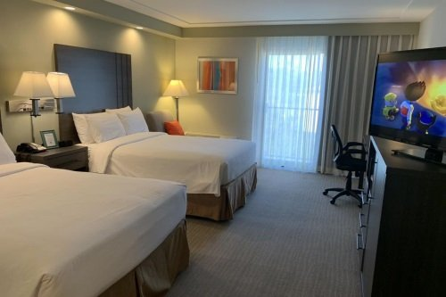greentree inn & suites alhambra kamer.jpg