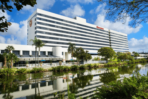 sheraton miami airport hotel buitenkant.png