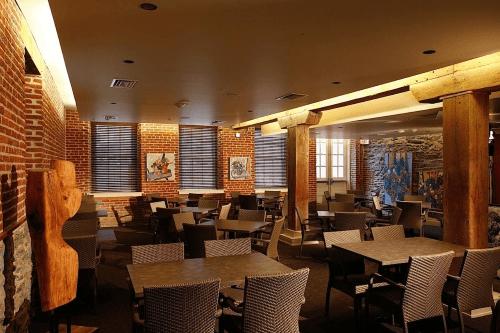 lancaster arts hotel restaurant.png
