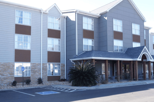 country inn and suites savannah midtown buitenkant.png