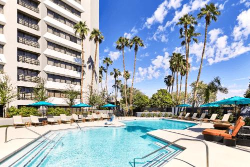 delta hotels phoenix mesa zwembad.png