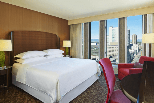 sheraton denver downtown kamer met 1 bed.png