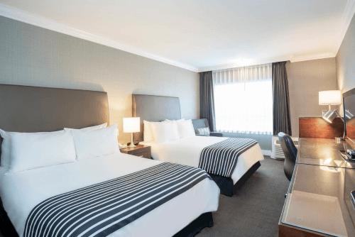 sandman hotel suites vancouver airport kamer.png