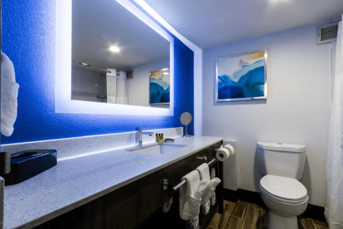 best western plus executive residency denver stapleton hotel badkamer.png
