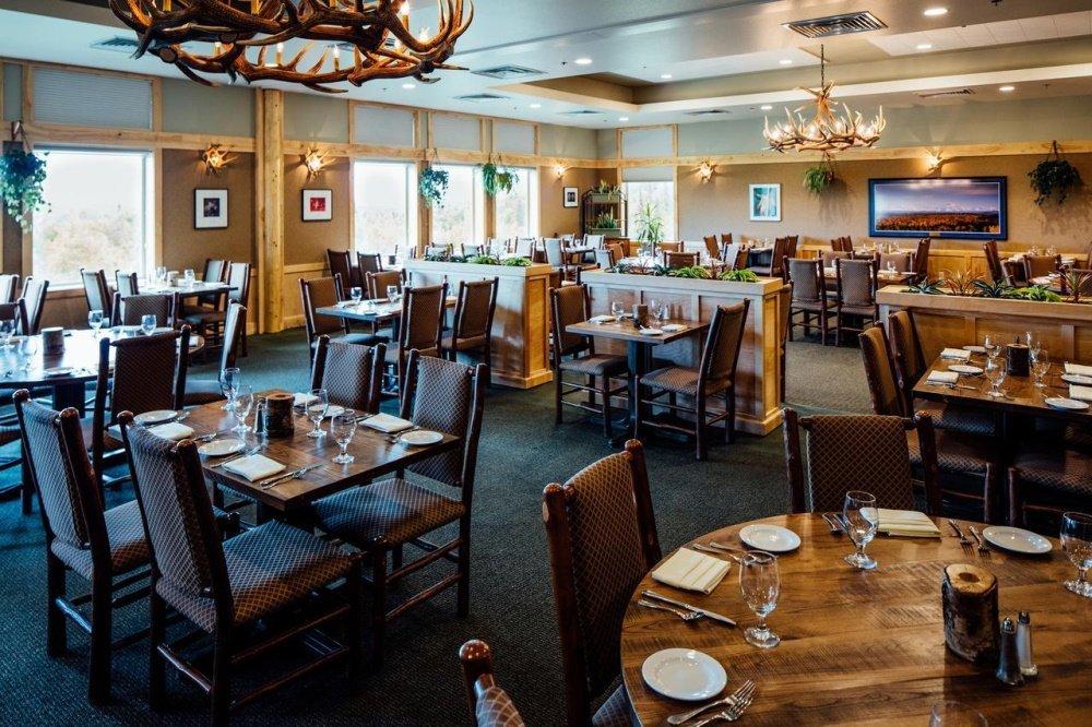talkeetna alaskan lodge restaurant.jpg