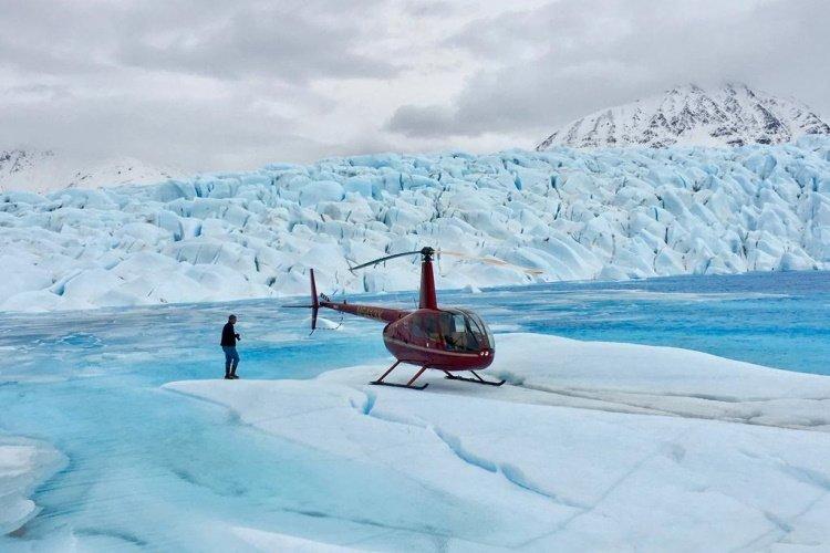 knik river glacier 001.jpg