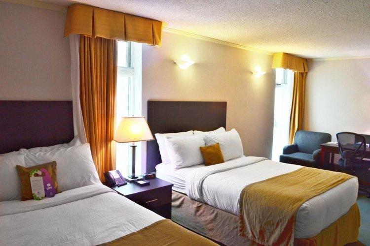 coast high country inn kamer met 2 bedden.jpg