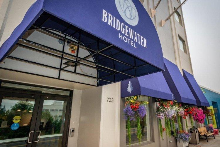 bridgewater hotel voorkant.jpg