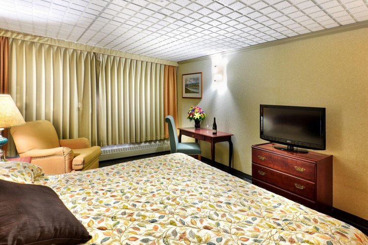 the sternwheeler hotel & conference centre kamer.jpg