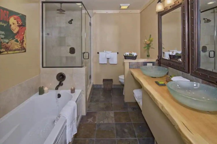 sierra nevada resort spa badkamer.jpg