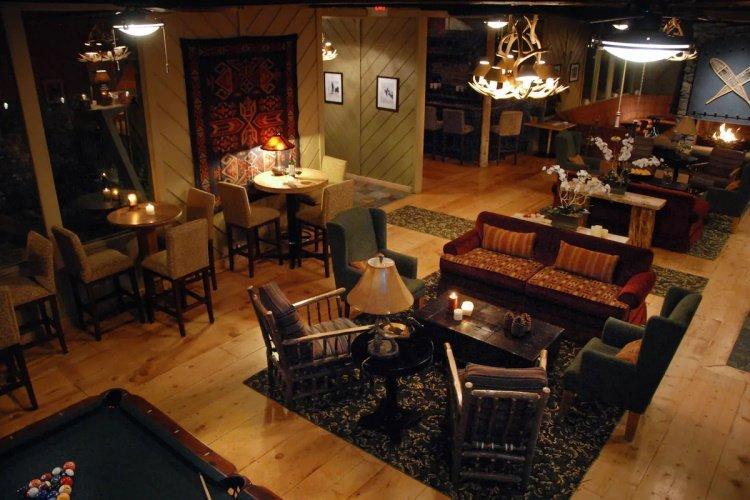 sierra nevada resort spa lounge bar.jpg