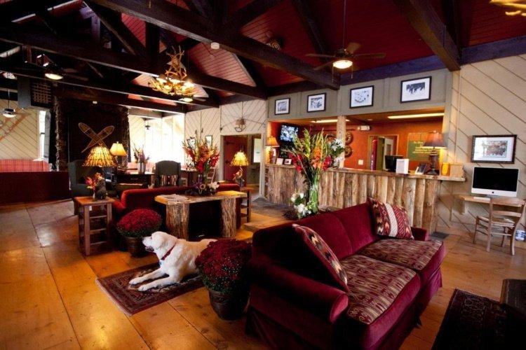 sierra nevada resort spa receptie en lounge.jpg