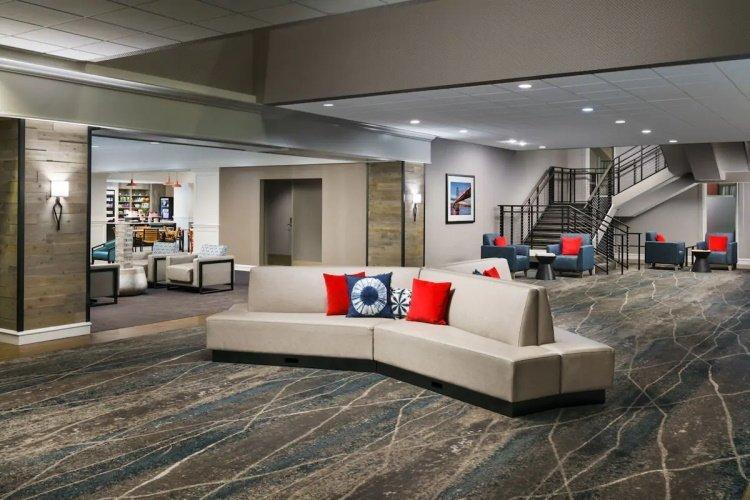 hotel caza lounge 2.jpg