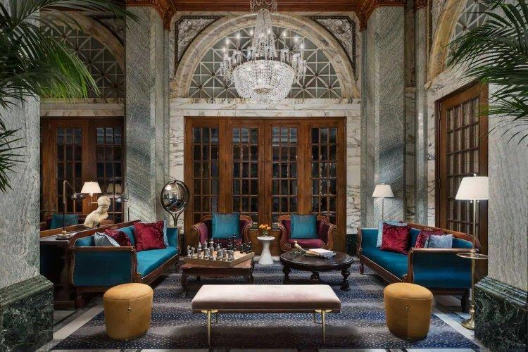 hotel whitcomb lounge.jpg