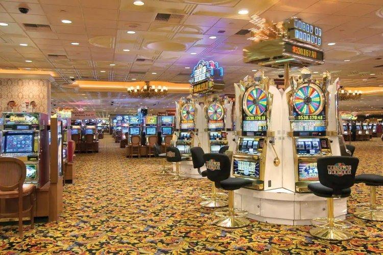 gold coast hotel casino 002.jpg