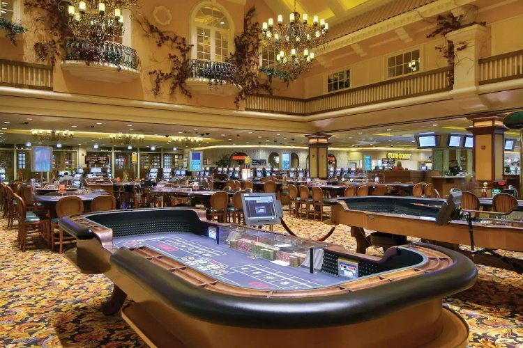 gold coast hotel casino 001.jpg