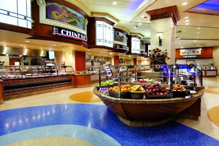 gold coast hotel foodhal.jpg