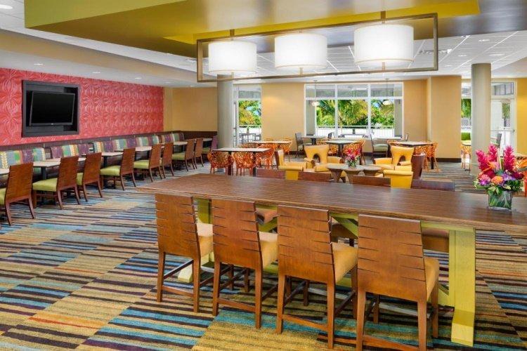 fairfield inn suites by marriott key west at the keys collection restaurant.jpg