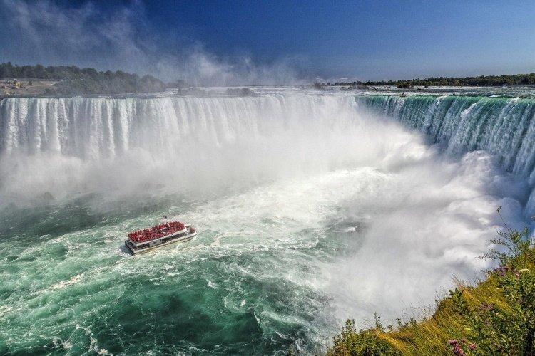 niagara watervallen waterfall-5050298_1280.jpg