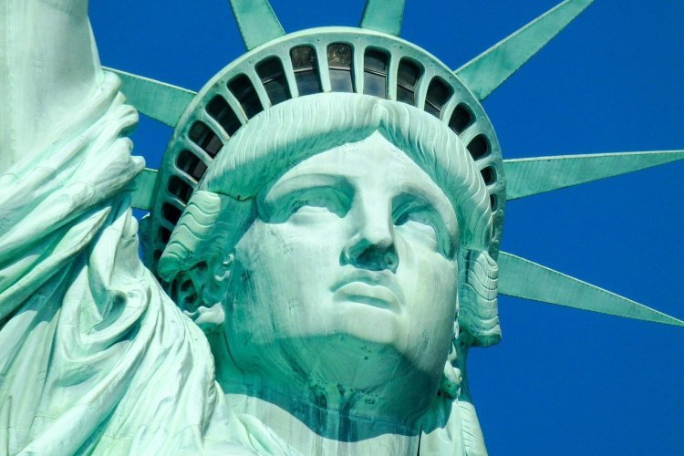 new york statue-of-liberty-696712_1280.jpg