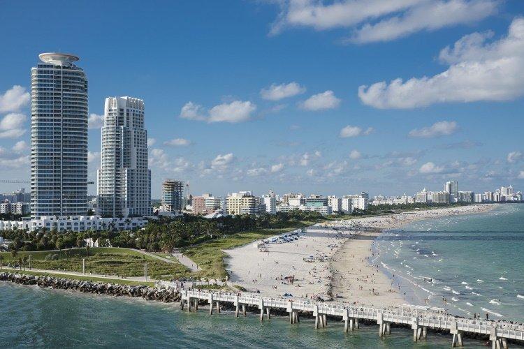 miami beach miami-1198921_1280.jpg