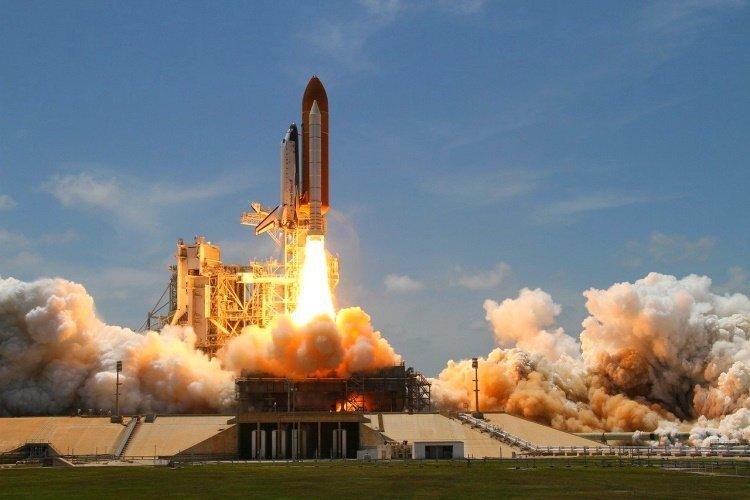 kennedy space center rocket-launch-67723_1280.jpg