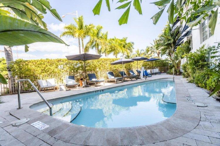 oceanside hotel zwembad.jpg