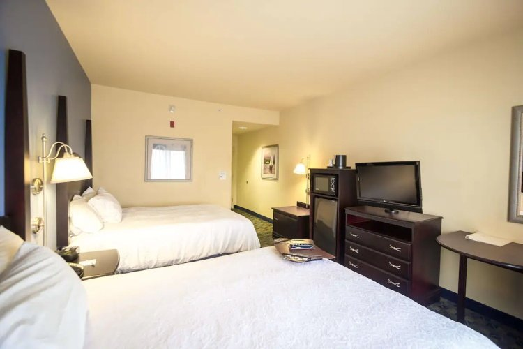 hampton inn suites natchez kamer.jpg