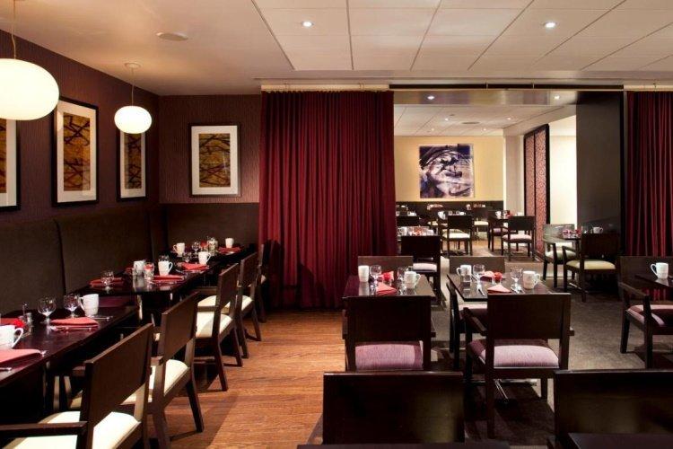 doubletree by hilton metropolitan restaurant.jpg