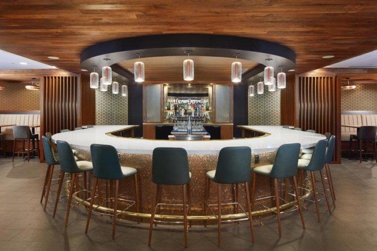 washington hilton bar.jpg