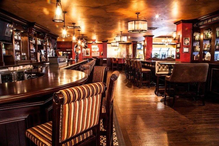 best western cairn croft hotel bar.jpg