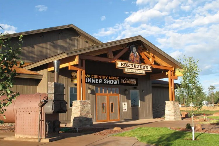 bryce view lodge bar and grill.jpg