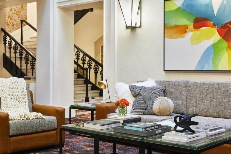 galleria park hotel lounge.jpg