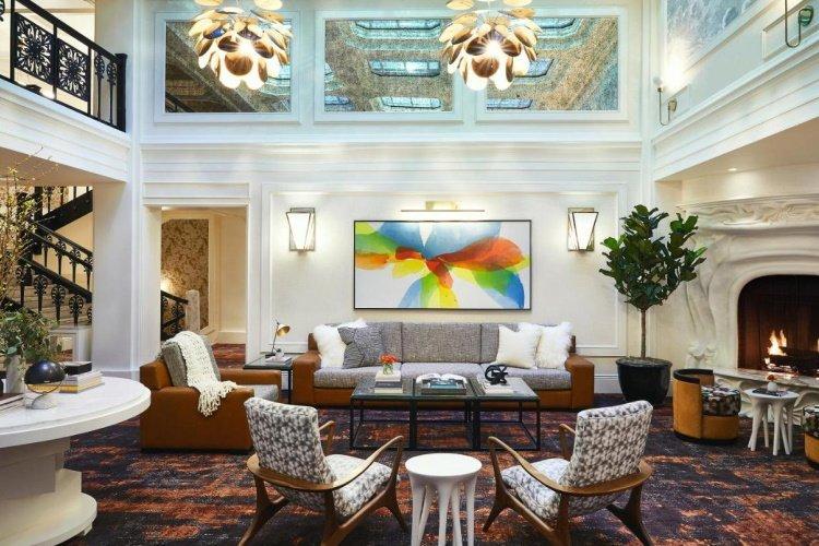 galleria park hotel lounge 002.jpg