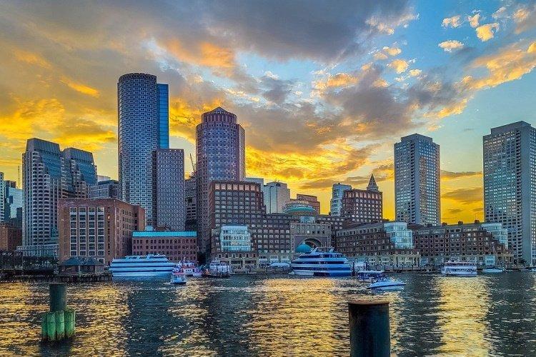boston buildings-6499684_1280.jpg
