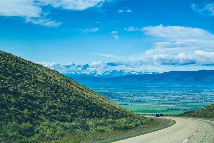 yakima mountains-6467352_1280.jpg