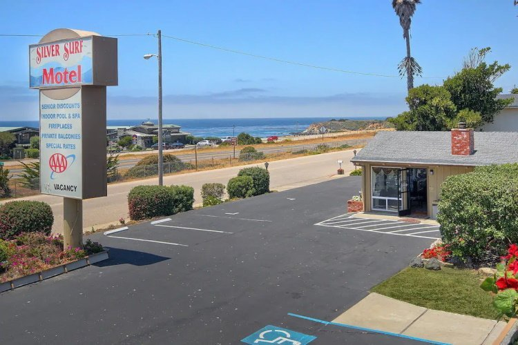silver surf motel uitzicht.jpg
