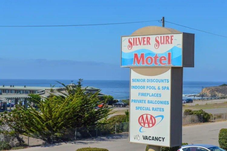 silver surf motel aankomst.jpg