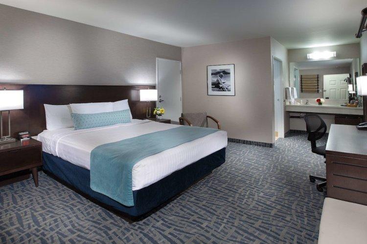 safari inn hotel kamer 1 bed.jpg