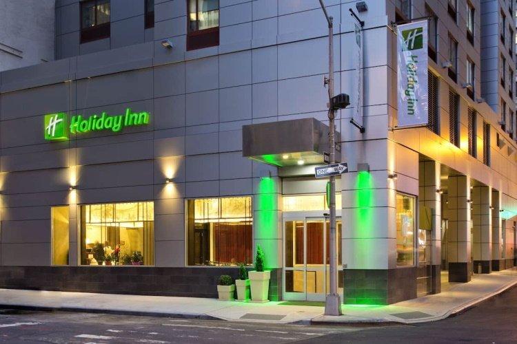 holiday inn manhattan financial district voorkant.jpg