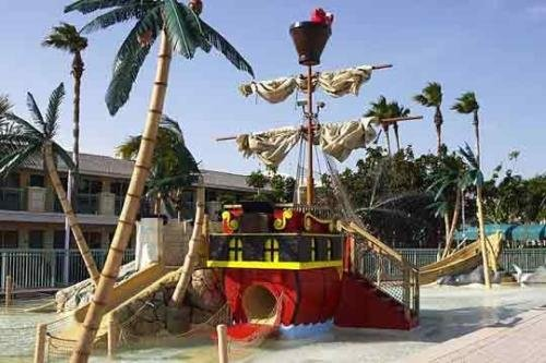 International Palms Resort 005