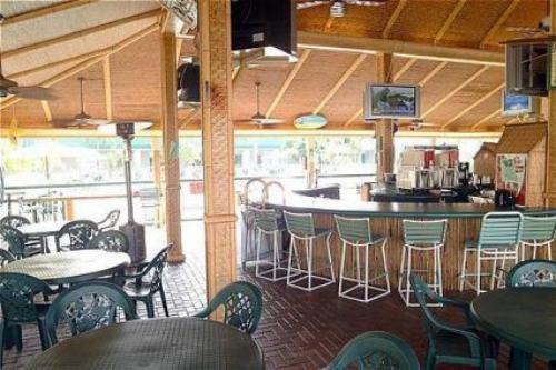 Holiday Inn Ft. Myers Beach 004