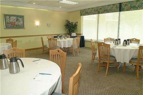 Holiday Inn Ft. Myers Beach 005