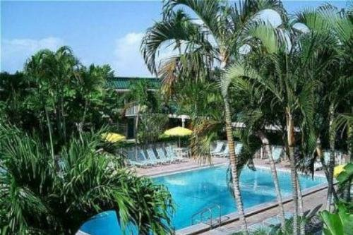 Holiday Inn Ft. Myers Beach 006