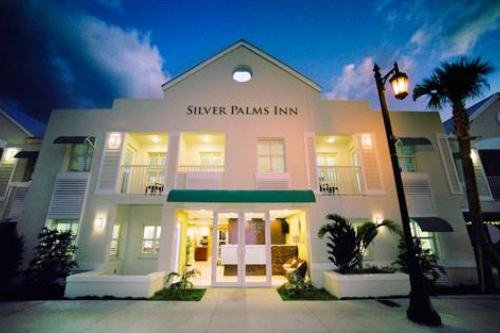 silver palms inn 01