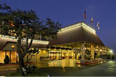 Red Lion Hotel Eureka 001