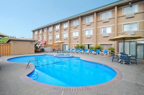 Clarion Suites Federal Way 004