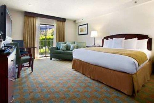 DoubleTree Hotel Sacramento 002