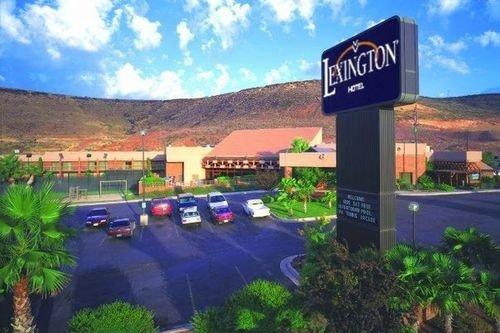 Lexington Hotel 001