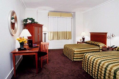 Pennsylvania Hotel 004